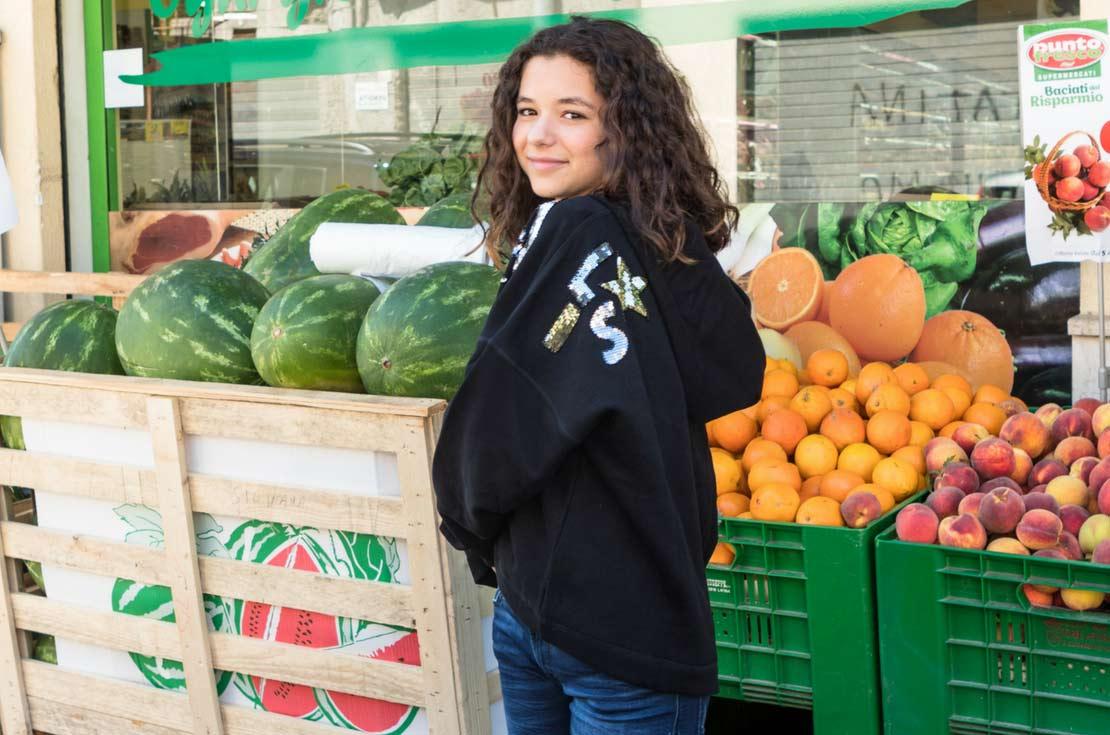 Felpa nera oversize con paillettes Diesel Kids - annameglio.com